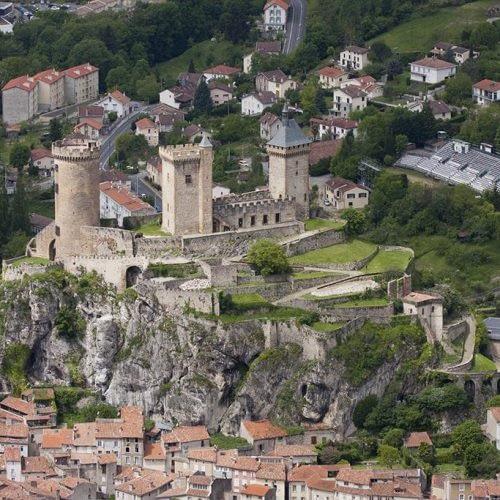 location tpe Foix et dans l'Ariège