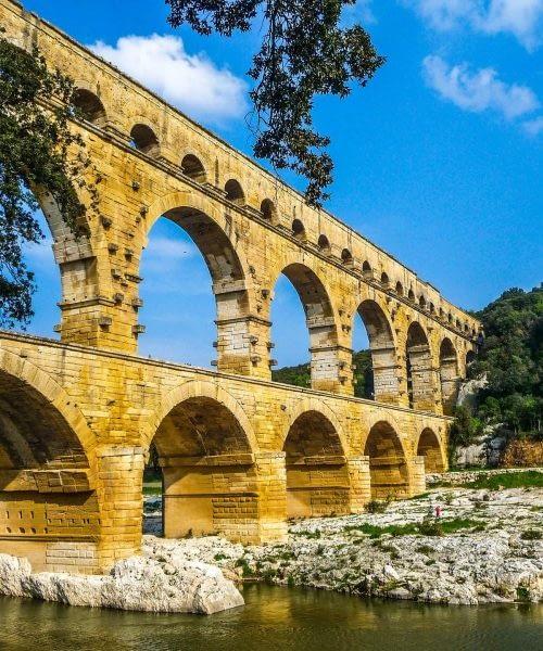 Location TPE Nimes et dans le Gard