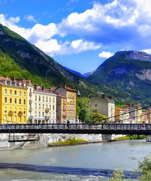 Location TPE sur Grenoble et dans l'Isère